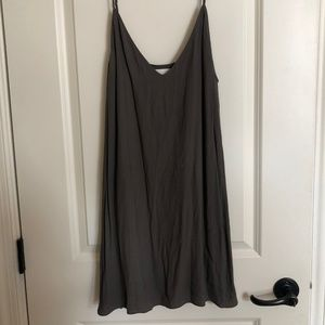 aritzia grey dress